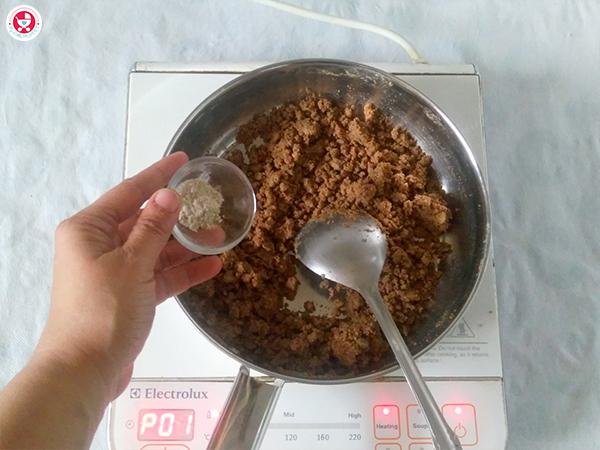 adding cardamom