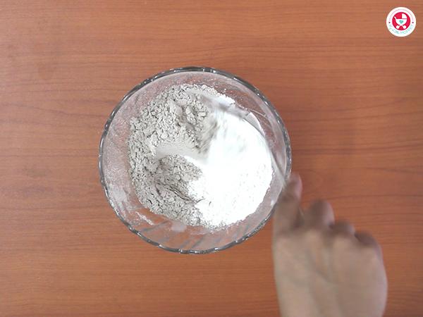 ragi flour and rice flour