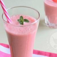 Strawberry Lassi in Tamil