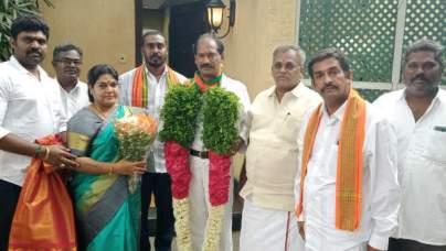 கல்வெட்டு ரவி, கஞ்சா அஞ்சலை வரிசையில் சீர்காழி ரவுடி சத்யா,புதுவை பெண்தாதா  எழிலரசி பாஜகவில் ஐக்கியம்   Puducherry Lady don Ezhilarasi joins BJP -  Tamil Oneindia
