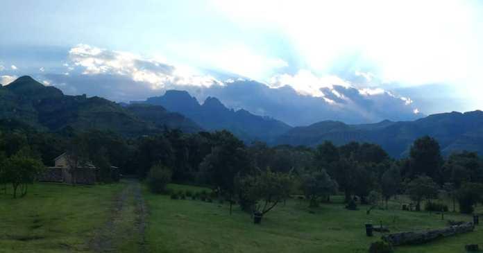 romantic getaways South Africa - drakensberg