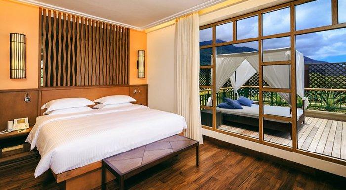 savoy-penthouse-room