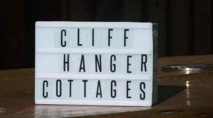 cliffhanger cottages letter board