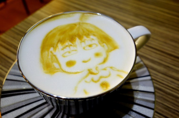 《高雄咖啡》苓雅。My Cofi 客製化拉花/立體拉花咖啡 老闆娘手好巧!
