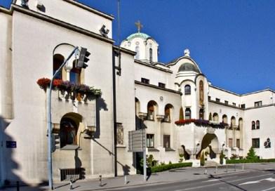 До избора патријарха Синод руководи Црквом