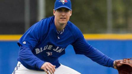 INF Kelly Johnson in Spring Training with the Blue Jays