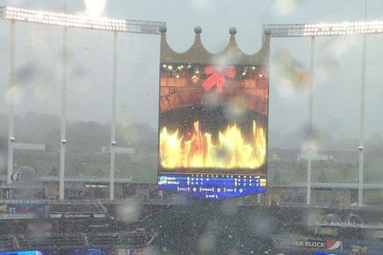 Snow falling at Kauffman Stadium in Kansas City (Photo courtesy of Marc Topkin/Tampa Bay Times)