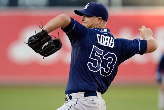 Alex Cobb pitches against the Oakland Athletics. (Photo by Thearon W. Henderson/Getty Images)