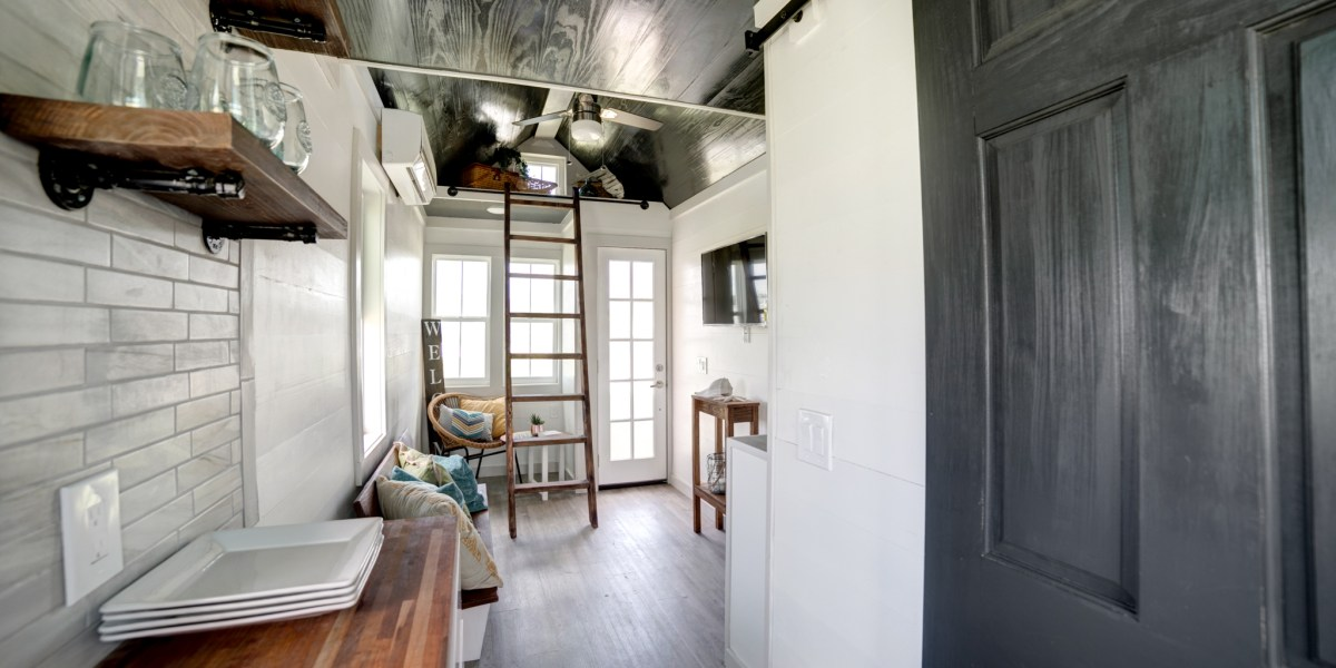 Tampa Bay Tiny Homes - The Burg 20 Ft