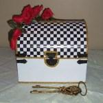 Alice wonderland Gift box