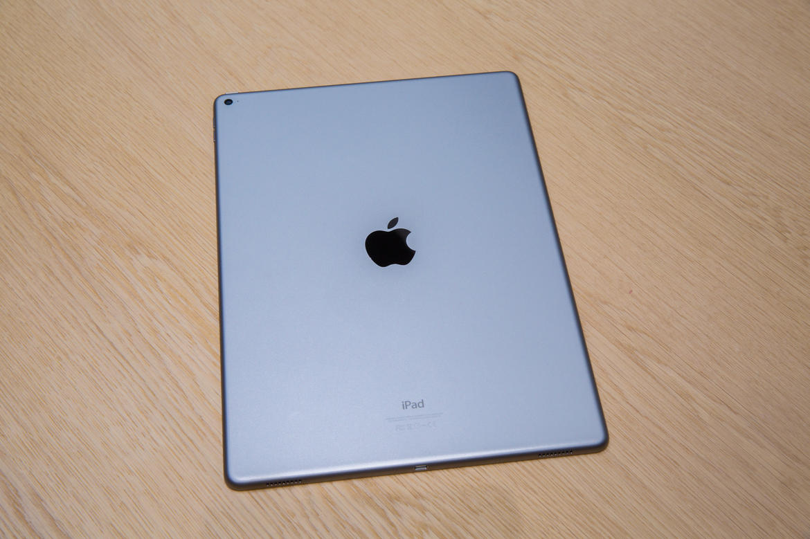 apple-event-sept9-2015-ipadpro-2955