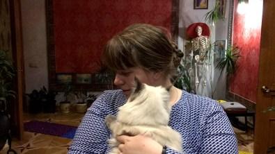 — Котик, что ты говоришь? — Мяумяу на тебя.