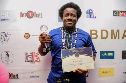 Bonteh Digital Awards 2020 : Etienne Talla brave le prix de meilleur blogueur francophone pour la deuxième fois successive