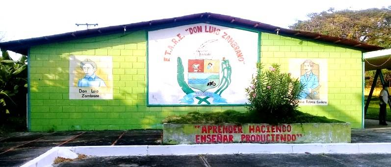 """LaEscuela Técnica Agropecuaria """"Don Luis Zambrano"""" es una institución adscrita al Gobierno regional y que está al servicio de los jóvenes"""