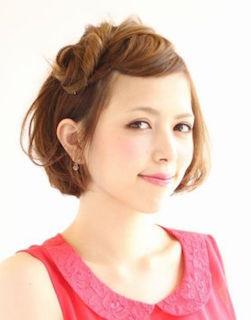入学式のスーツにあうショート女性の髪型 8