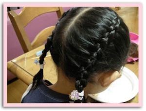 入学式の女の子の三つ編みの髪型 4