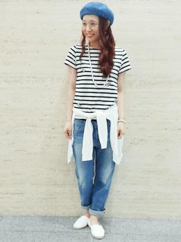 ボーダーTシャツ×デニム×白のカーディガン×白のエスパドリーユ