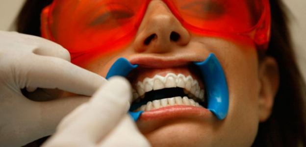 1-izbelvane-zybi-usmivka-zybolekar-doktor-ivan-bashev-emajl-poddryzhka-gel