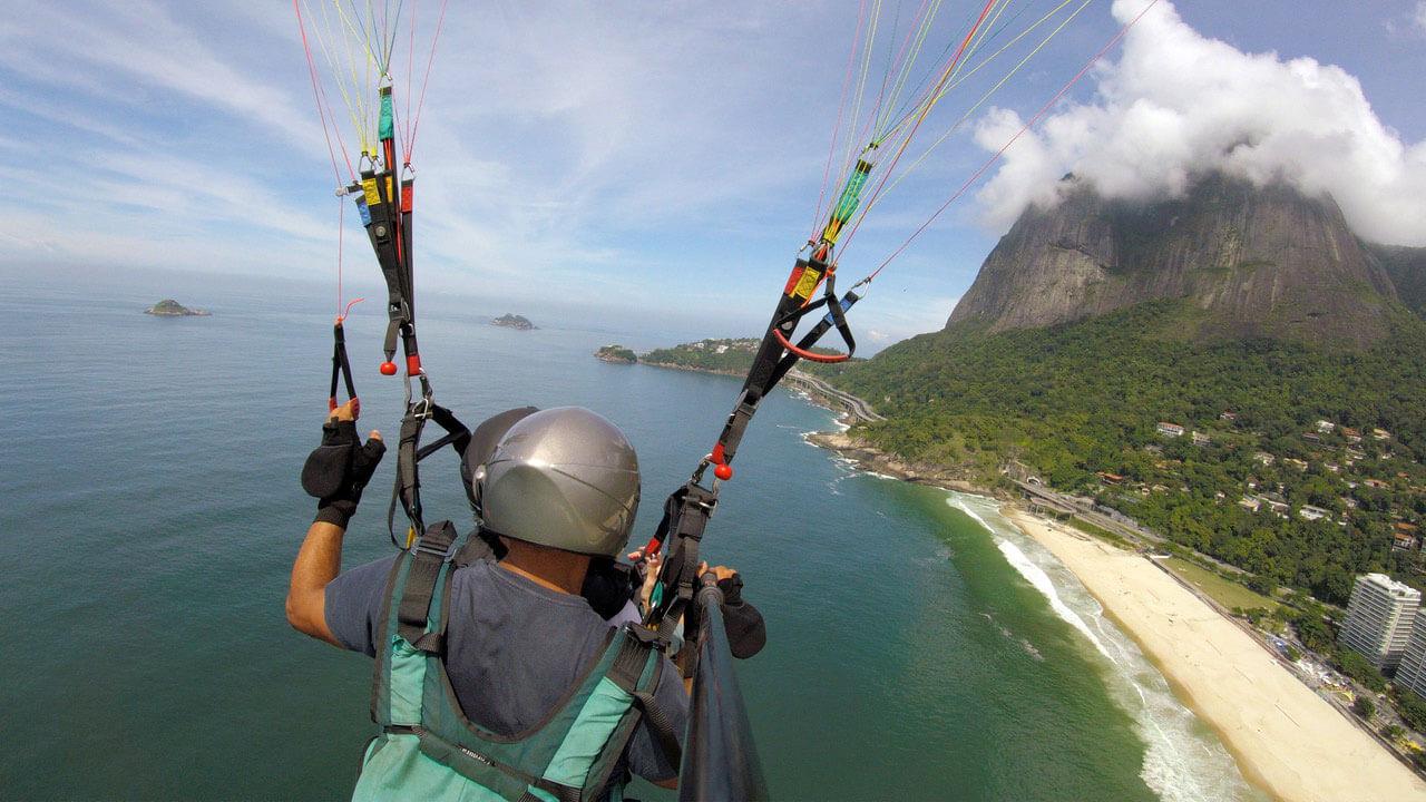Paragliding Rio de Janeiro, book your paragliding tandem flight
