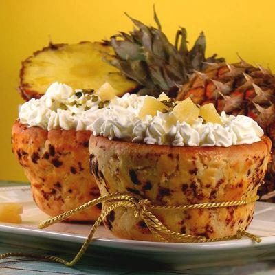 Košarice s ananasom