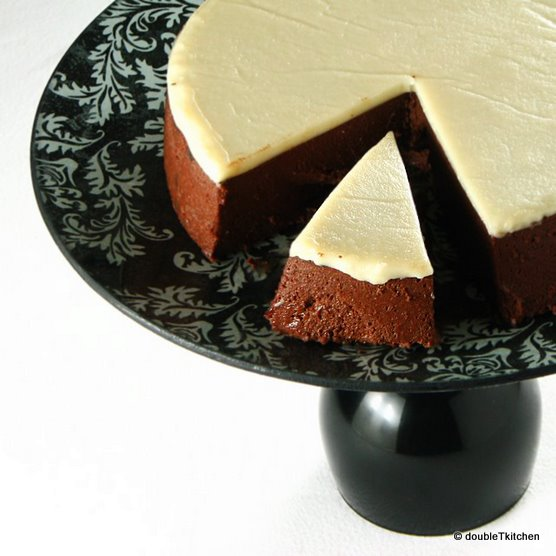 chocolate pate with creme chaud froid