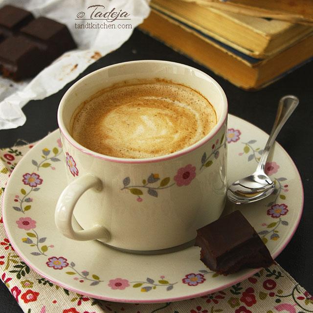 :: kava s mlijekom ::