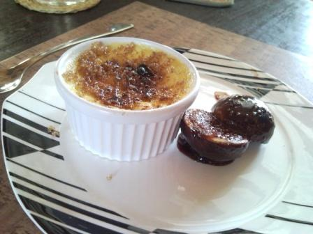 Crème Brûlée With Figs In Pomegranate Concentrate for Getting To Know Each Other Some More