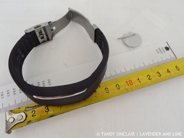 Wrist Measurement Of The Polar Loop Fitness Wearable