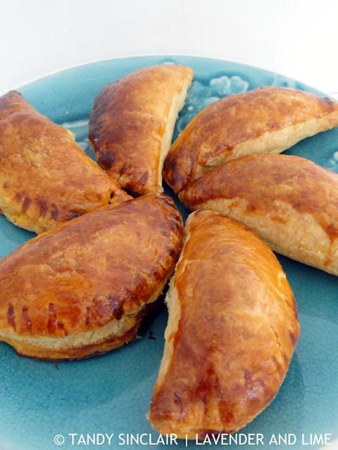 Savoury Mince Baked Pirozhki