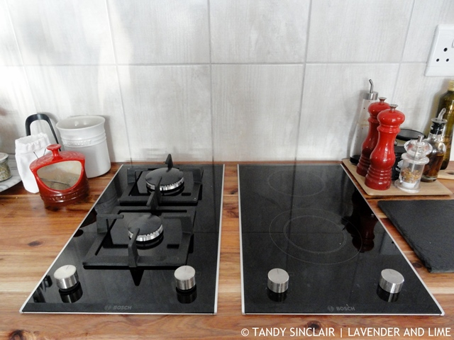 Gas And Electric Hob