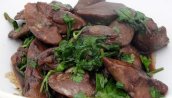 Chicken Livers With Pomegranate Sauce