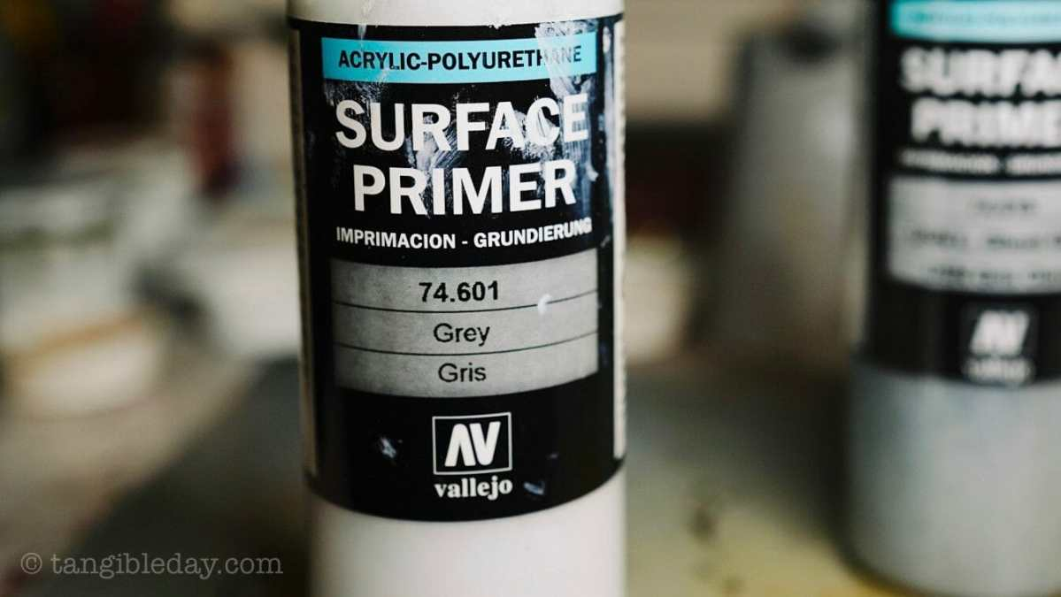 Top 10 Primers for Plastic and Metal Miniatures (Reviews and Tips)