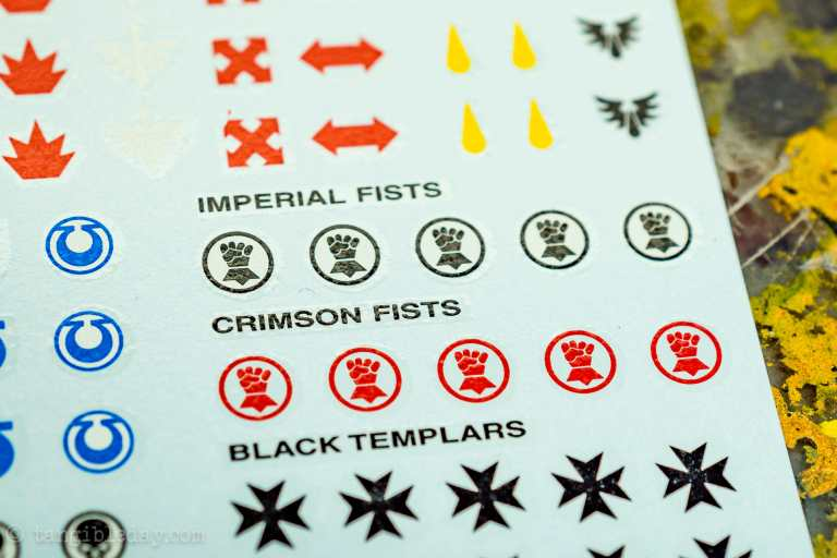 How-to Apply Warhammer Space Marine Decals (Tips) - How to use wet slide decals on miniatures and scale models - space marine decal sheet