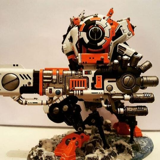 Tau sept color schemes, caste color schemes for Tau, T'au paint color scheme ideas – Grimdark Tau style, Blachitsu Tau painting, how to paint Tau miniatures, Games Workshop Tau paint schemes – How to paint grimdark Tau – painting Blanchitsu Tau - orange and black tau