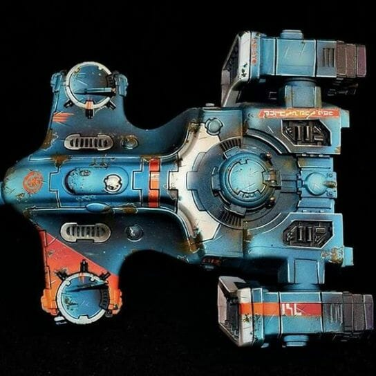 Tau sept color schemes, caste color schemes for Tau, T'au paint color scheme ideas – Grimdark Tau style, Blachitsu Tau painting, how to paint Tau miniatures, Games Workshop Tau paint schemes – How to paint grimdark Tau – painting Blanchitsu Tau - tank grimdark weathered battle damage vehicle