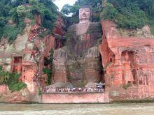 Le plus grand bouddha du monde