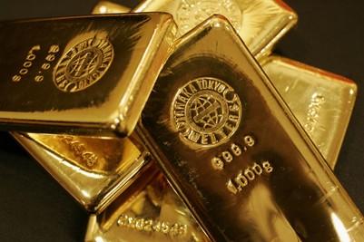 Harga Emas Kembali Bersinar Di Akhir Pekan