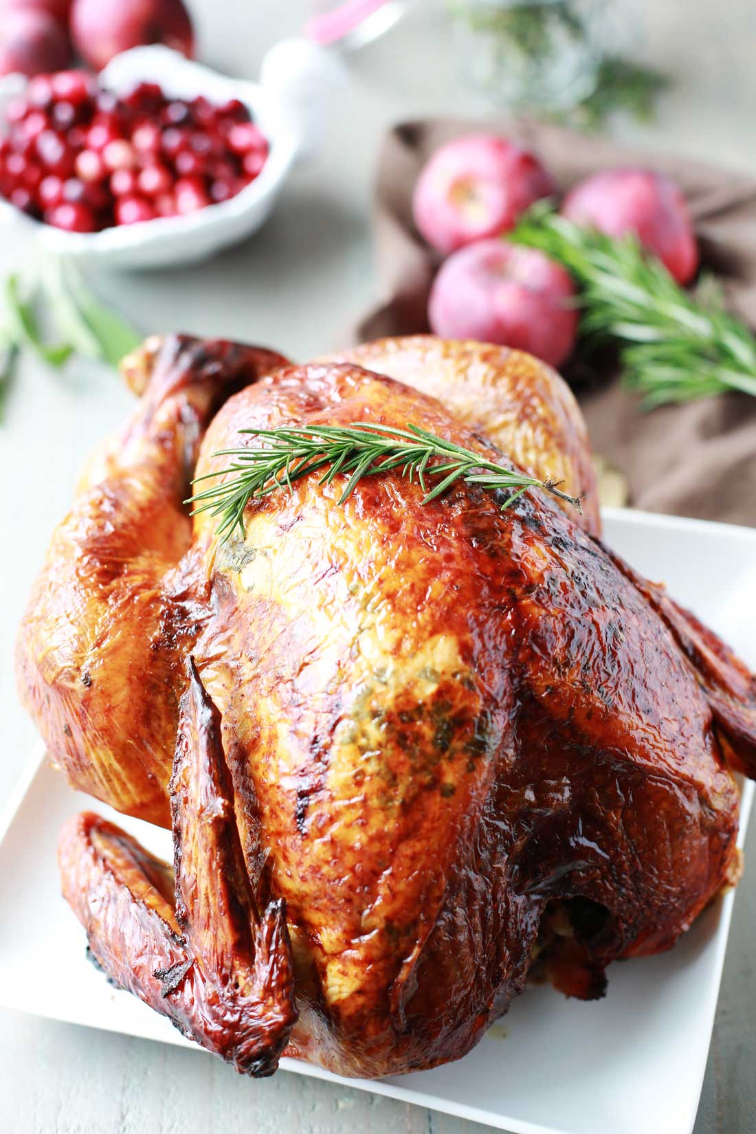 This Aromatic Lemon Apple Herb Turkey is ridiculously moist and tender, and will be the star of the show for your Holiday Dinner! THanksgiving made easy!!