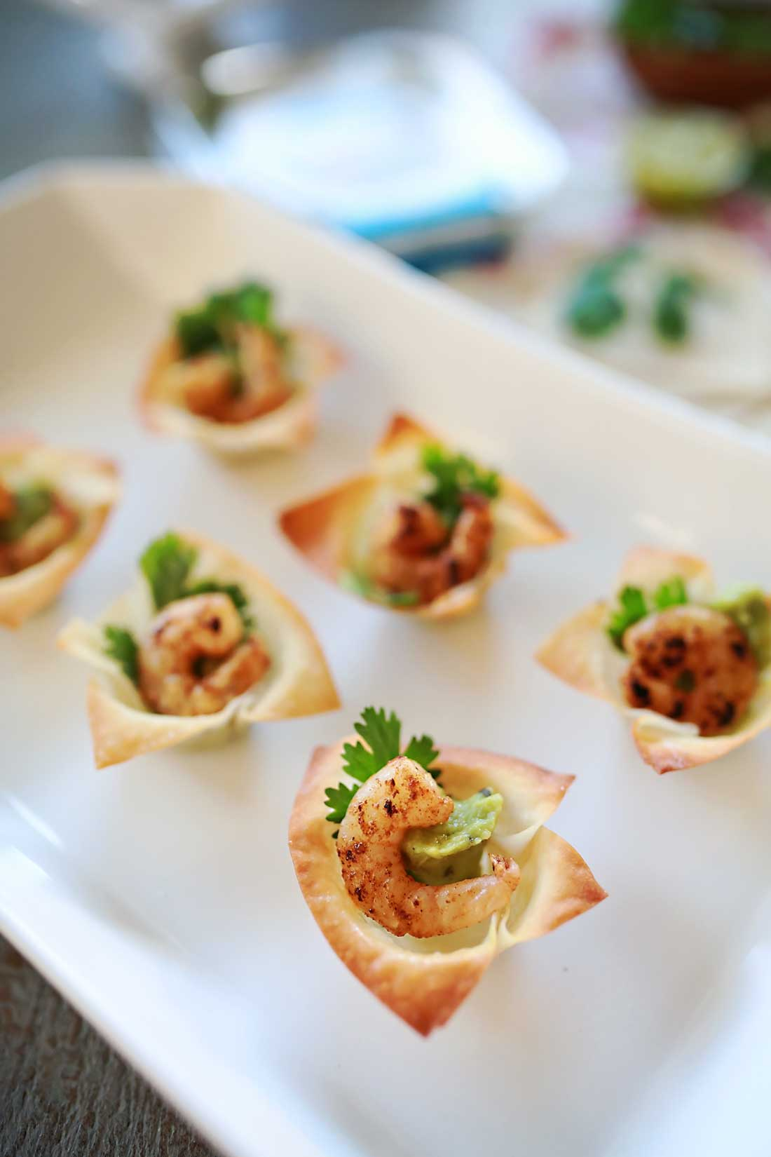 Spicy Shrimp avocado bites! perfect for parties and game day.