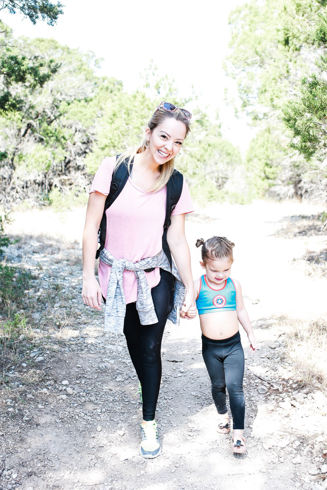 5 important reasons to hike with your kids and how to make it even more fun for them.