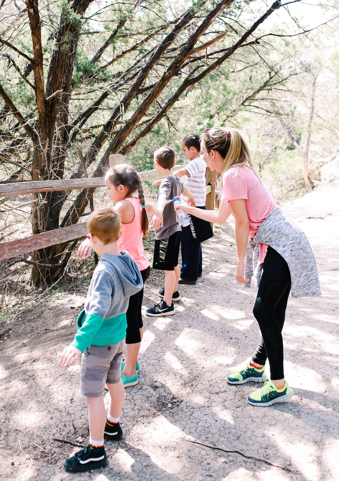 % reasons why it's important to take your kids hiking and how to make the experience even more enjoyable.