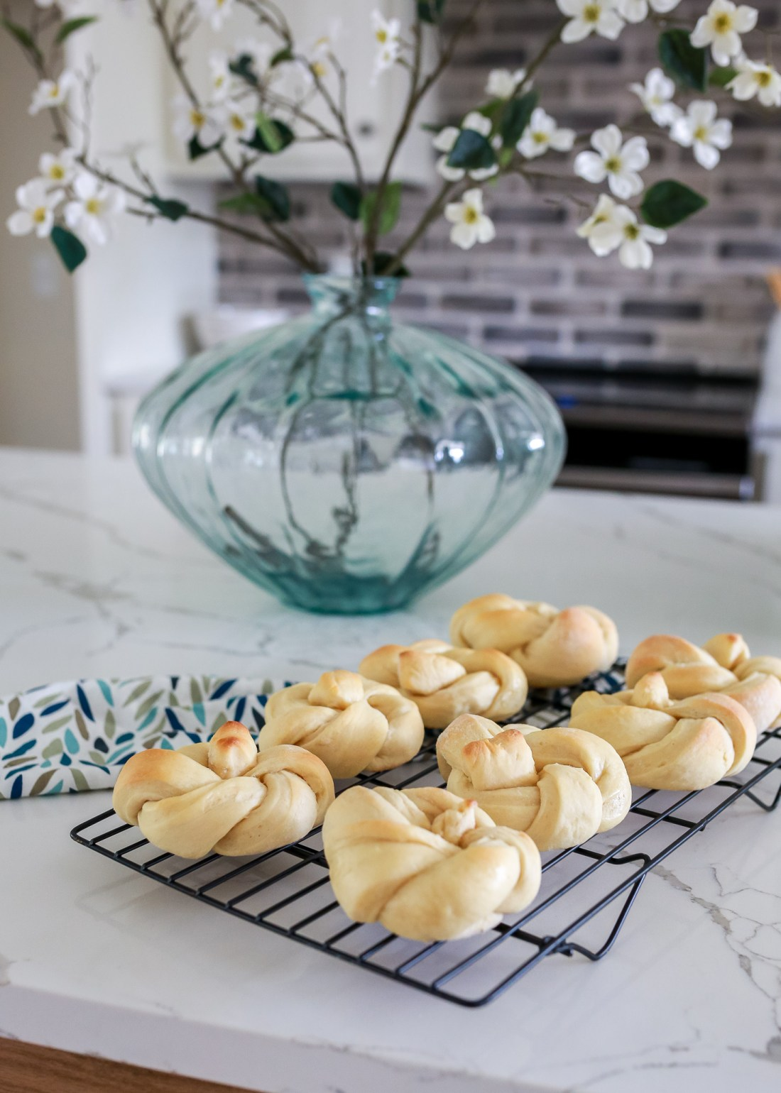 Beautiful and delicious recipe for light and fluffy butter rolls that are freezable! Freezer dinner rolls for ahead of time prep work.