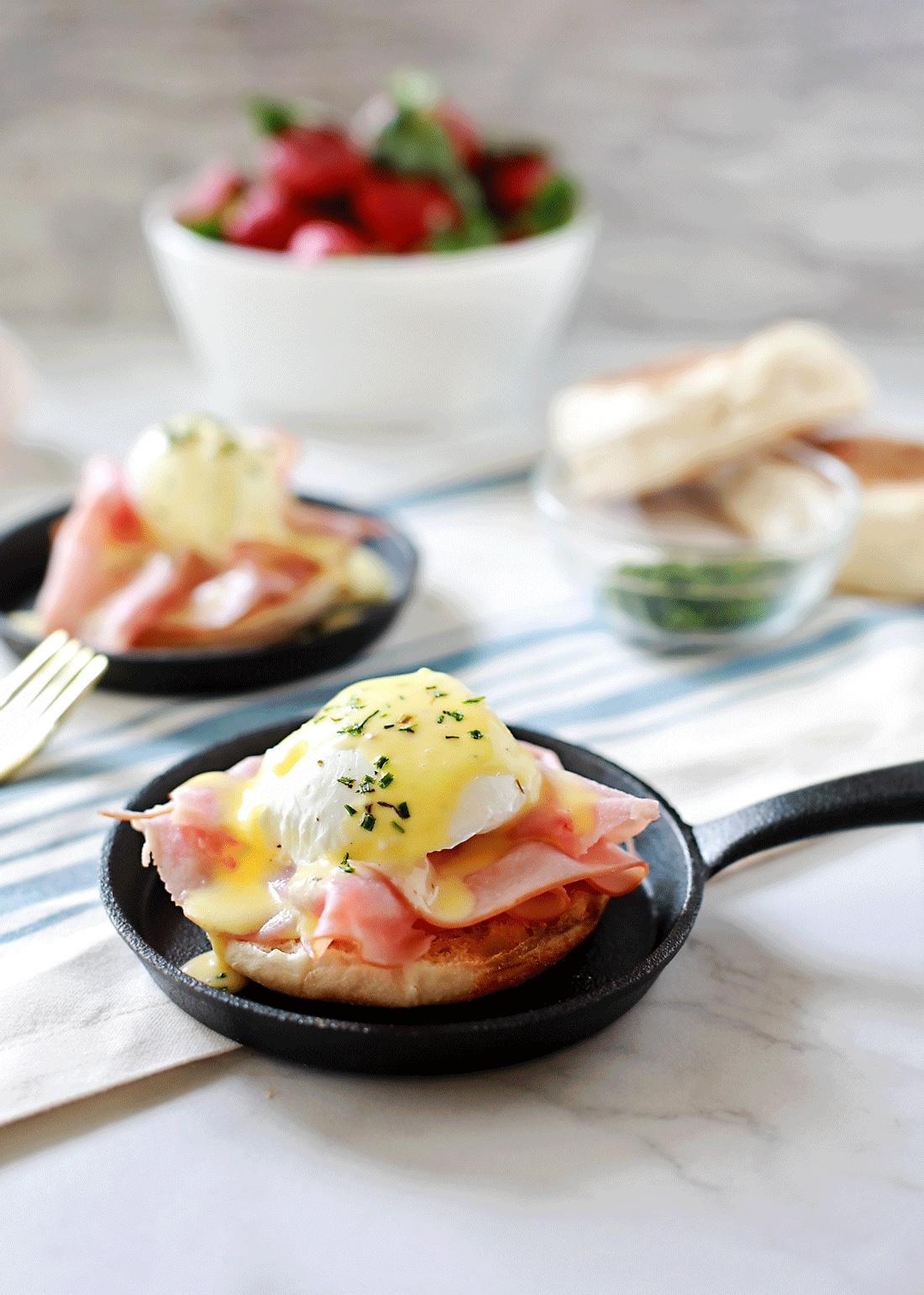 Gourmet made simple recipe for blender hollandaise and eggs Benedict recipe.