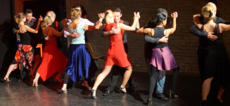 Tango lernen in München - hier beim einem Choreographie Workshop mit Fabian und Michaela