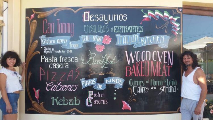 Luxustafel einer pizzeria in Ibiza