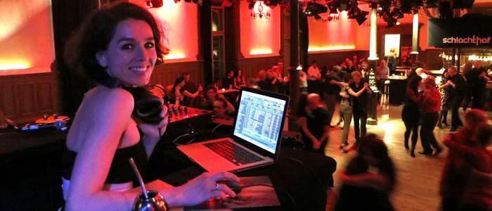 Tango Tanzen im Schlachthof, München mit DJ Michaela Lugo
