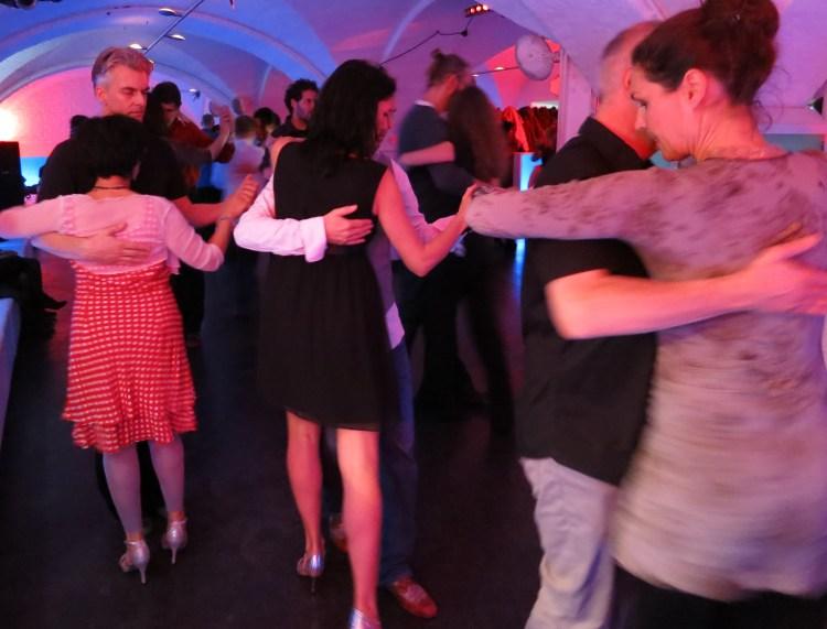 """Tango in München auf der Milonga in """"La Colegiala"""""""