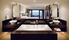 TANGO_online_hyatt_PHUHR_P009_Two-Bedroom_Suite_Bathroom_70599