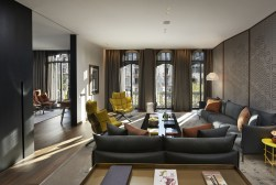 TANGO_online_barcelona-2014-suite-premier-living-room