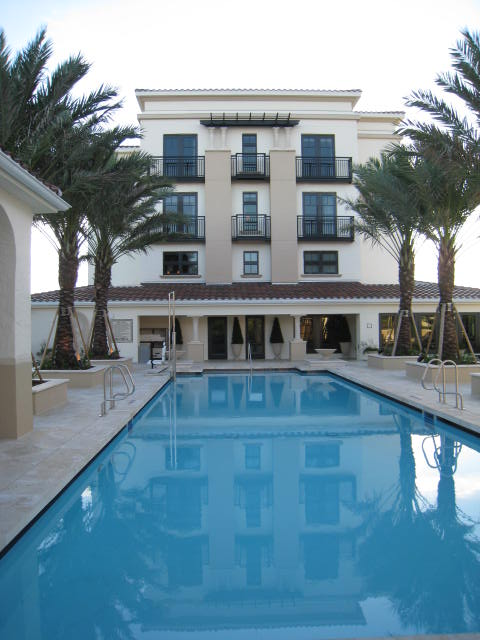 Alfond Inn Rooftop Pool